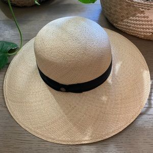 Brand new Goorin Bros Lucy Straw Hat